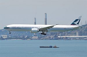 Cathay_Pacific_Boeing_777-300ER; at HKG © Aero Icarus