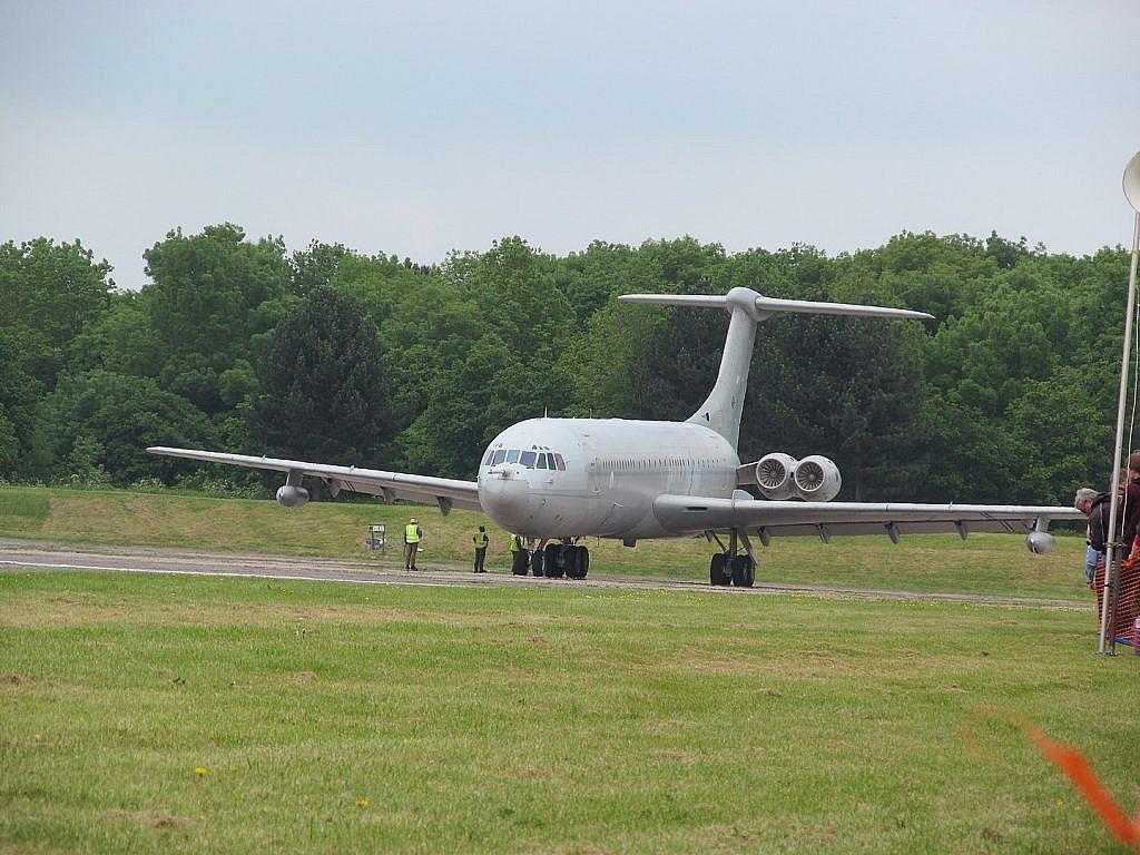 A Super VC10