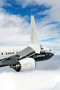 737 MAX-8