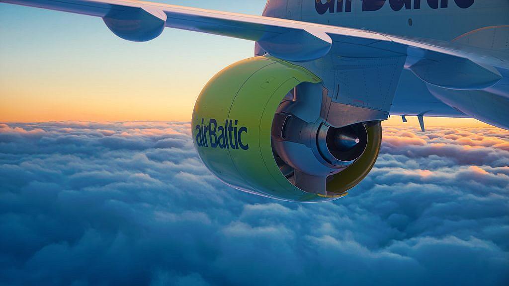 airBaltic CS300-6