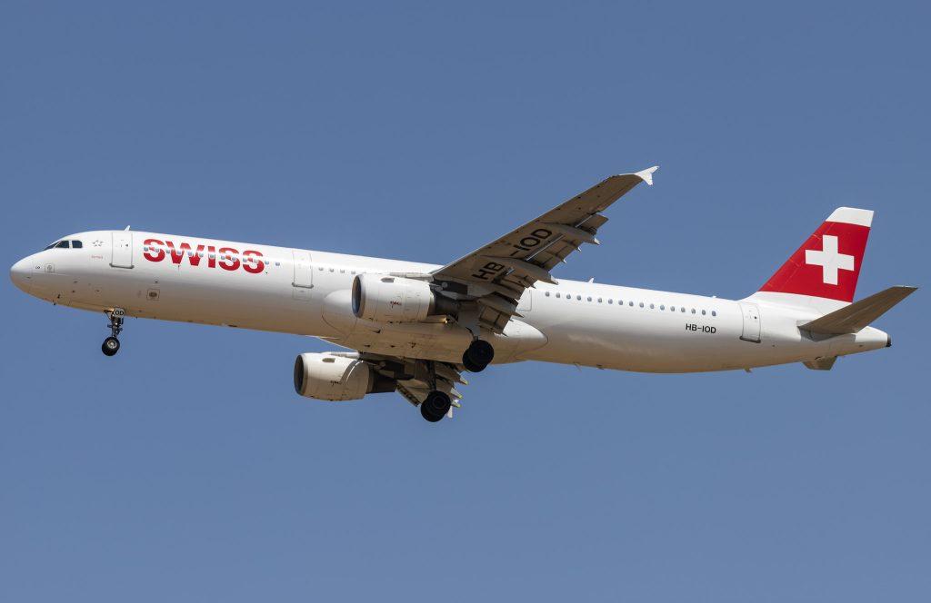 Swiss A321-111
