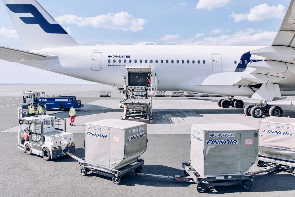 Finnair Cargo Loading