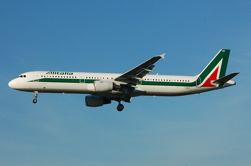 An Alitalia A321 moments before landing. Photo by Abutcher15