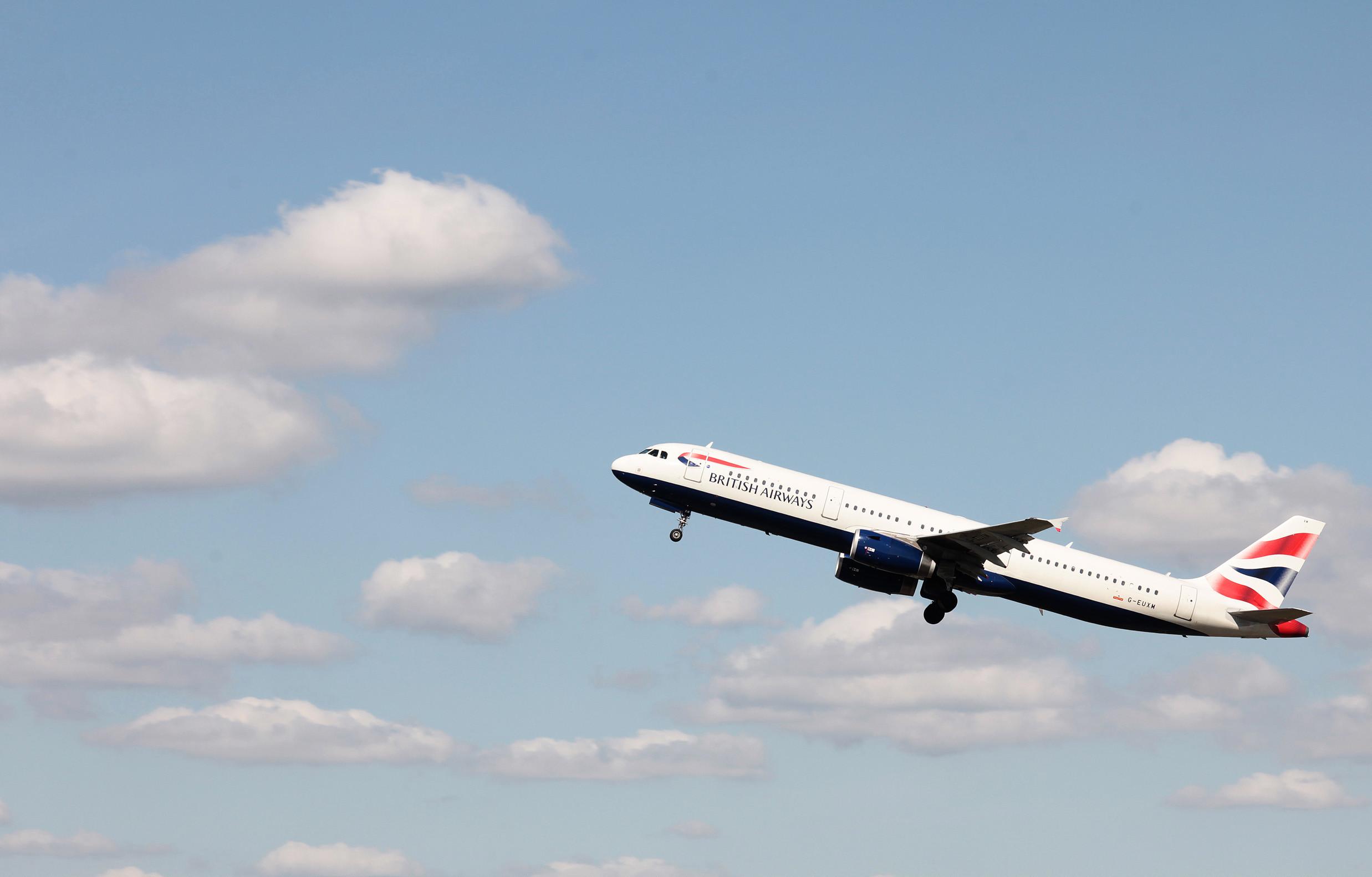 British Airways A321 departs