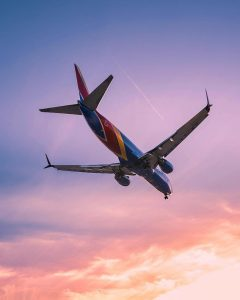 Southwest Airlines descending