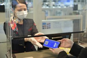 Japan Airlines is testing the IATA health app © Japan Airlines