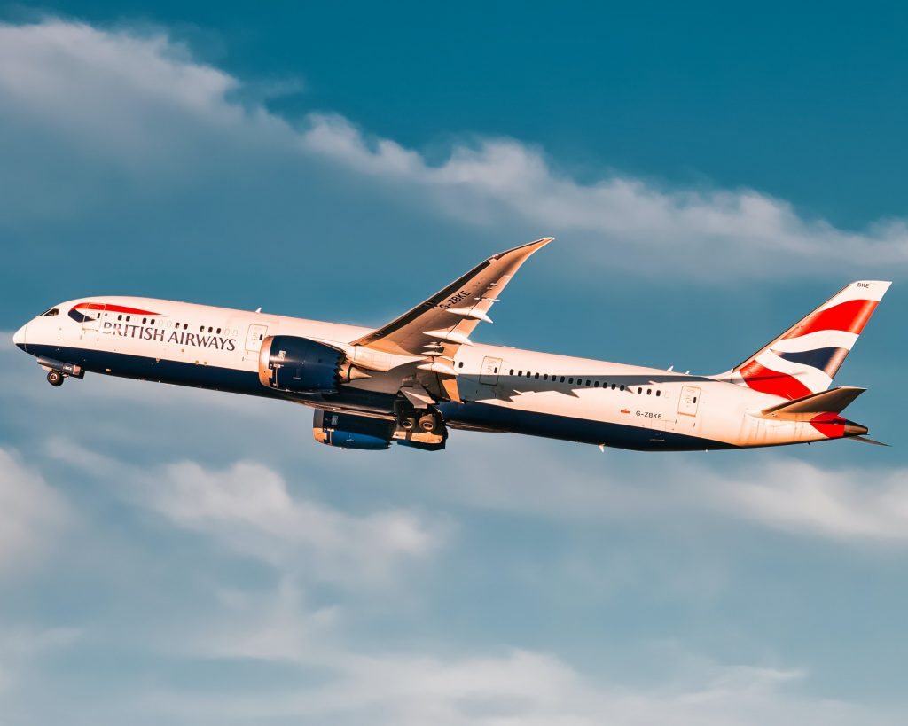 BA 787 taking off from San Francisco. Photo by Arkin Si