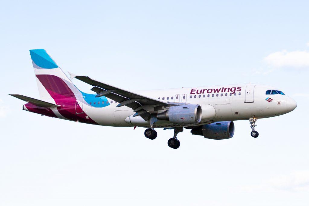 Eurowings landing at Hamburg. Photo by Kevin Hackert