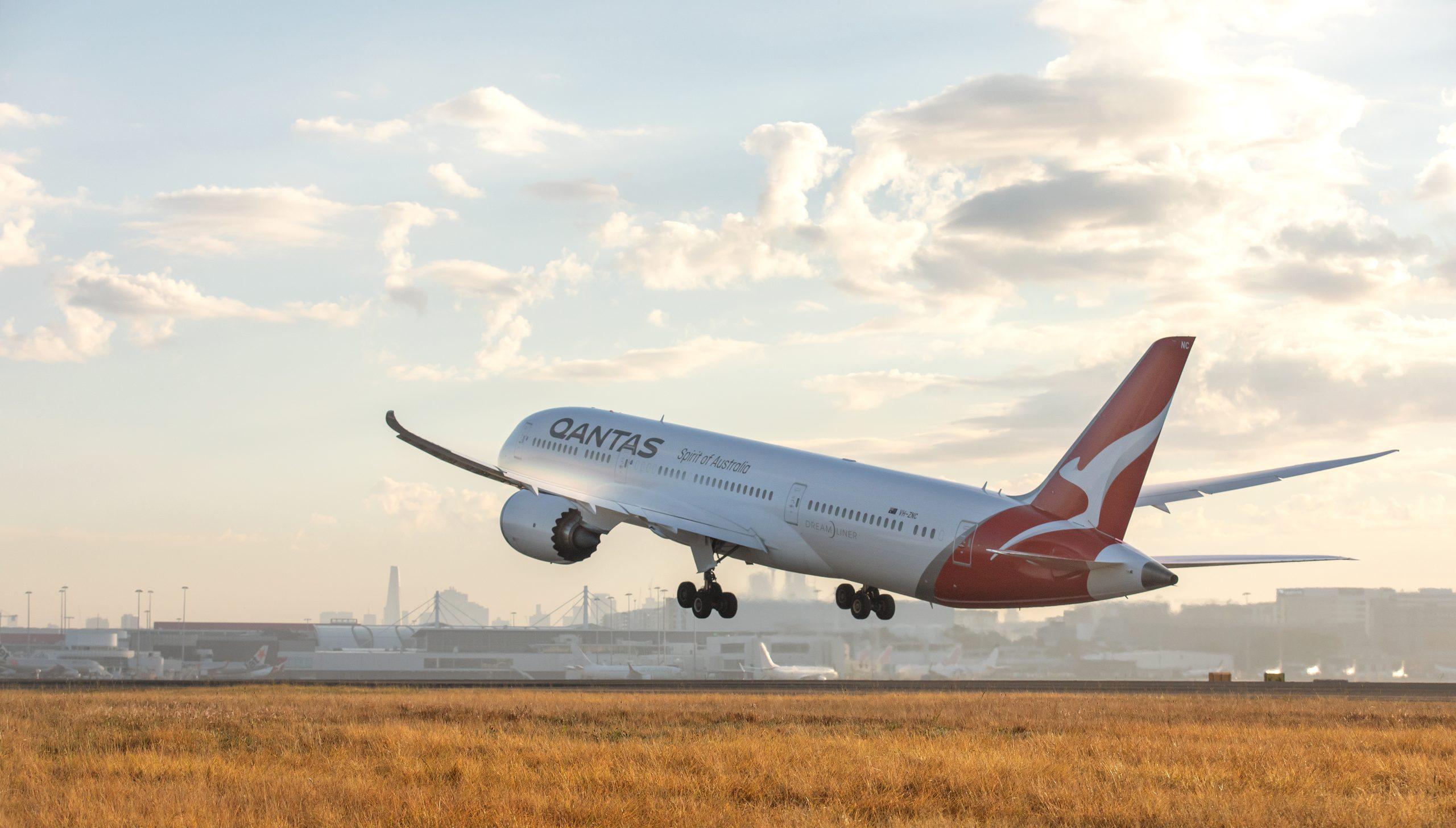 Showing Qantas Airlines plane
