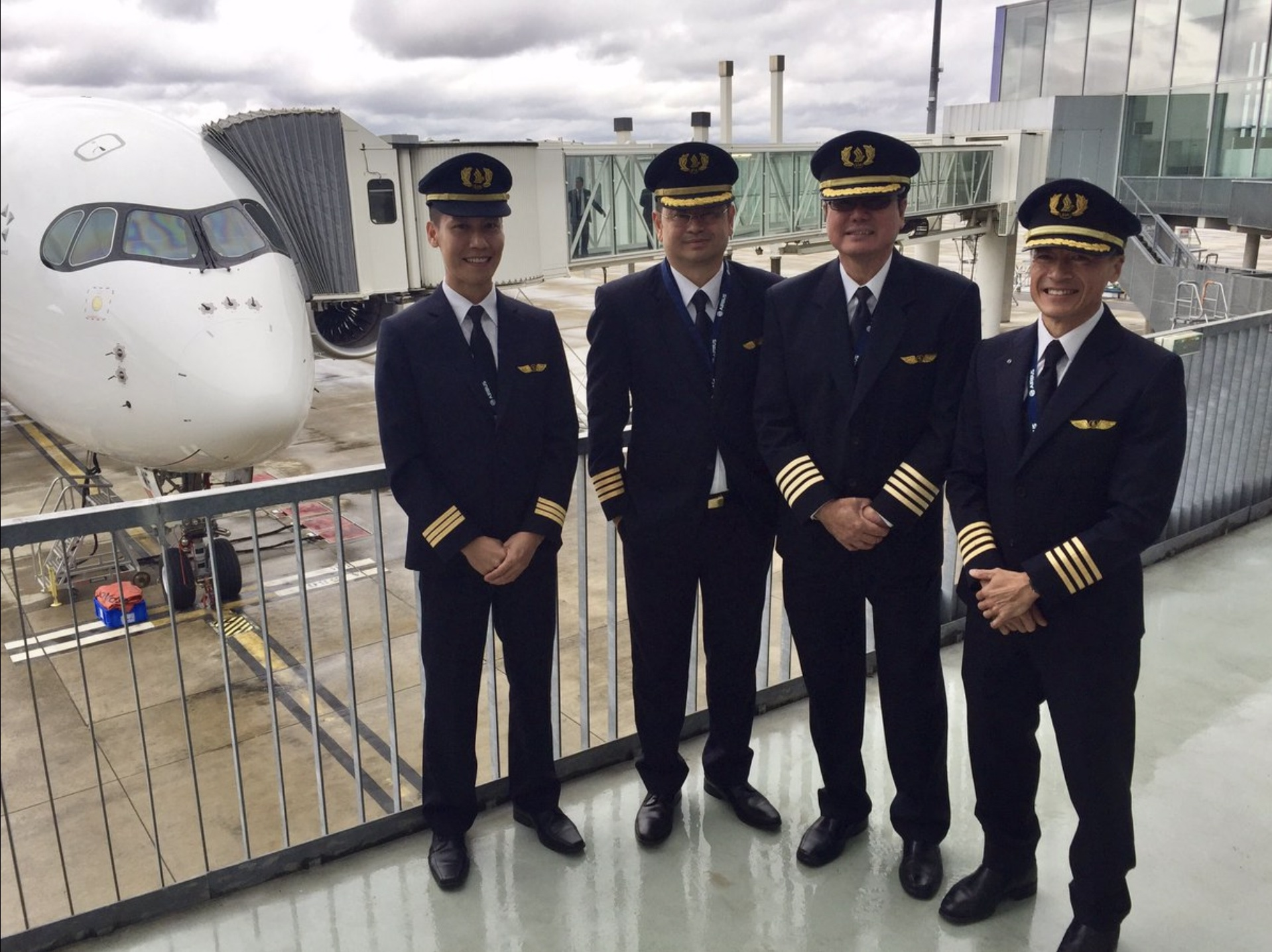 Showing group of Singapore Airline Pilots
